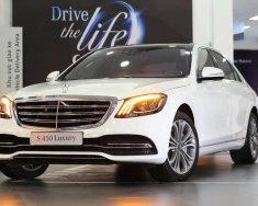 Bán Mercedes S450 Luxury 2019, màu trắng, giao ngay, vay trả góp 80% giá trị xe, lãi suất 0.77%/tháng cố định 3 năm giá 4 tỷ 869 tr tại Tp.HCM
