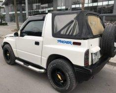 Cần bán xe Chevrolet Tracker sản xuất 1991, màu trắng, số sàn hai cầu giá 190 triệu tại Hà Nội