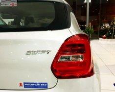 Cần bán xe Suzuki Swift GLX 1.2 AT đời 2019, màu trắng, xe nhập, giá 549tr giá 549 triệu tại Hà Nội