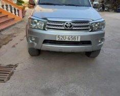 Gia đình bán xe Toyota Fortuner sản xuất năm 2009, màu bạc giá 605 triệu tại Tp.HCM