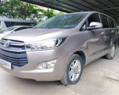 Bán Toyota Innova E sản xuất 2016, màu bạc, số sàn  giá 666 triệu tại Hà Nội