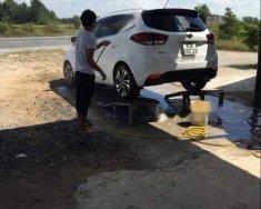 Cần bán lại xe Kia Rondo 2.0 MT đời 2018, màu trắng, xe đẹp giá 530 triệu tại Sóc Trăng