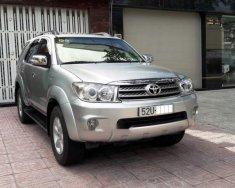 Cần bán lại xe Toyota Fortuner đời 2009, màu bạc, 01 chủ, bảo dưỡng tốt giá 540 triệu tại Tp.HCM