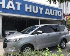 Bán Toyota Innova 2.0E đời 2017, màu bạc, xe gia đình giá 690 triệu tại Hà Nội