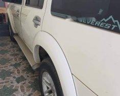 Bán Ford Everest đời 2010, màu trắng, nhập khẩu nguyên chiếc số sàn giá 430 triệu tại Lâm Đồng