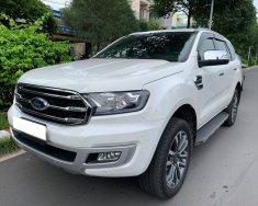 Bán Ford Everest Titanium đời 2019, màu trắng, xe nhập giá 1 tỷ 170 tr tại Tp.HCM