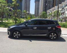 Gia đình cần bán xe Kia Rondo máy dầu 2017 màu xám giá 596 triệu tại Tp.HCM