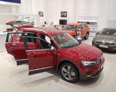 Cần bán xe Volkswagen Tiguan Allspace 2018, màu đỏ, xe Đức nhập khẩu giá 1 tỷ 748 tr tại Tp.HCM