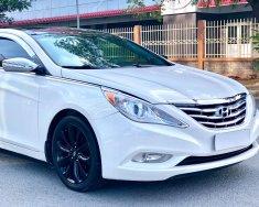 Bán xe Hyundai Sonata sx 2011 màu trắng cực đẹp, xe cũ nhưng đi kỹ giữ gìn giá 525 triệu tại Tp.HCM