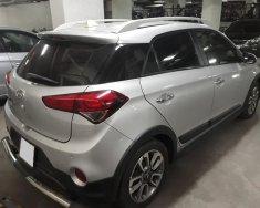 Cần bán xe Hyundai I20 Active 2015, số tự động hatchback 5 chỗ, màu bạc giá 423 triệu tại Tp.HCM