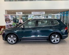 Bán xe Volkswagen Tiguan Allspace Luxury màu xanh rêu, nhập khẩu chính hãng mới 100% giá rẻ. LH ngay 0933 365 188 giá 1 tỷ 849 tr tại Tp.HCM