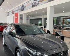 Bán Mazda 3 Luxury đời 2019, màu xám, nhập khẩu giá 649 triệu tại Hòa Bình