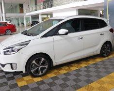 Bán xe Kia Rondo GAT 2.0AT sản xuất 2015, màu trắng, 528 triệu giá 528 triệu tại Tp.HCM