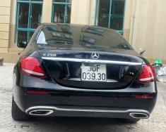 Chính chủ bán Mercedes E250 sản xuất 2018, biển số đẹp, xe nhập giá 2 tỷ 200 tr tại Hà Nội