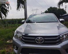 Bán ô tô Toyota Hilux 2.4E 4x2 MT 2017, màu bạc, xe nhập còn mới giá 570 triệu tại Đồng Nai