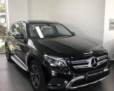 Bán Mercedes Phú Mỹ Hưng cần bán GLC 200 lướt 30km, còn mới 100%, giá tốt giá 1 tỷ 680 tr tại Tp.HCM