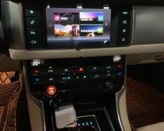 Chính chủ bán xe Jaguar XF năm sản xuất 2016, màu đen, nhập khẩu   giá 1 tỷ 980 tr tại Tp.HCM