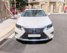 Cần bán Lexus ES đời 2017, màu trắng, xe nhập chính chủ giá 2 tỷ 180 tr tại Tp.HCM