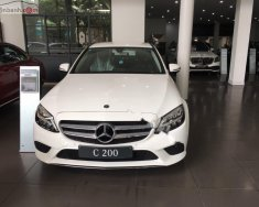 Bán Mercedes E200 đời 2019, màu trắng giá 2 tỷ 130 tr tại Hà Nội