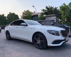 Cần bán xe Mercedes E200 năm 2017, màu trắng như mới giá 1 tỷ 720 tr tại Hà Nội