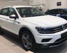 Bán Volkswagen Tiguan Allspace đời 2019, màu trắng, nhập khẩu nguyên chiếc giá 1 tỷ 729 tr tại Tp.HCM