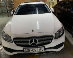 Bán Mercedes E250 2017, đăng kí 2018, màu trắng, nhập khẩu giá 2 tỷ 150 tr tại Hà Nội