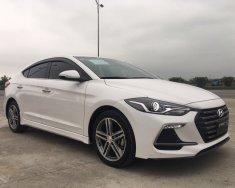 Bán xe Hyundai Elantra Sport 1.6 tubor 2018, màu trắng giá 695 triệu tại Hà Nội
