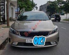 Cần bán lại xe Kia Cerato sản xuất năm 2016, màu vàng chính chủ giá 525 triệu tại Tuyên Quang