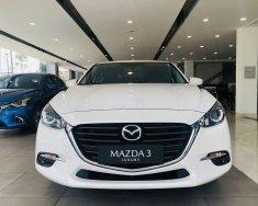 Cần bán Mazda 3 sản xuất 2019, màu trắng, xe nhập  giá 642 triệu tại Tp.HCM