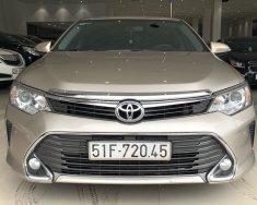 Cần bán Toyota Camry 2.5Q đời 2016 màu nâu vàng, trả trước chỉ từ 285tr, hotline: 0985.190491 (Ngọc) giá 950 triệu tại Tp.HCM