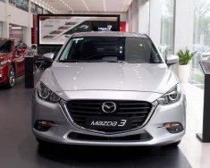 Mazda 3 Luxury 2019 giảm giá cực khủng, nhiều quà tặng kèm theo giá 649 triệu tại Tp.HCM