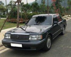 Bán Toyota Crown 1995, màu đen còn mới, giá 330tr giá 330 triệu tại Hà Nội
