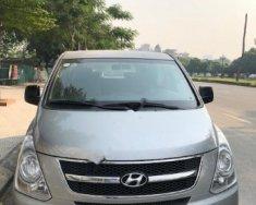 Cần bán lại xe Hyundai Grand Starex đời 2015, màu bạc, nhập khẩu nguyên chiếc giá 645 triệu tại Hà Nội