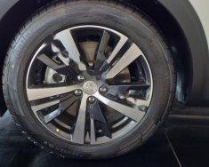 Bán xe Peugeot 5008 1.6 AT đời 2019, màu trắng giá 1 tỷ 349 tr tại Vĩnh Phúc