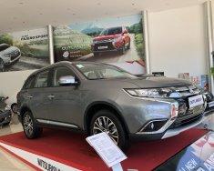 Mitsubishi Outlander 2019 giá siêu tốt, khuyến mãi siêu hấp dẫn,hỗ trợ trả góp 80%. giá 807 triệu tại Quảng Nam
