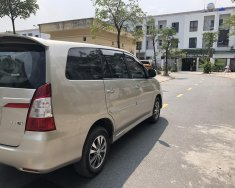 Bán xe Toyota Innova 2.0E màu ghi vàng, SX 2015, chính chủ gia đình từ đầu giá 490 triệu tại Hà Nội