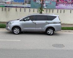 Cần bán Toyota Innova sản xuất 2017, màu bạc, giá 675tr giá 675 triệu tại Hà Nội