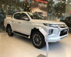 Bán Mitsubishi Triton sản xuất 2019, màu trắng, xe nhập giá 556 triệu tại Hà Nội