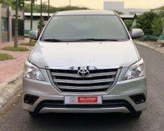 Bán xe Toyota Innova 2.0E đời 2015, màu bạc giá 575 triệu tại Cần Thơ