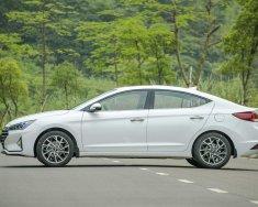 Bán ô tô Hyundai Elantra đời 2019, màu trắng giá 560 triệu tại Đà Nẵng