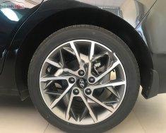 Bán Hyundai Elantra đời 2019, màu đen, xe nội thất đẹp giá 676 triệu tại Thanh Hóa