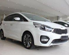 Cần bán Kia Rondo năm sản xuất 2018, màu trắng, 610 triệu giá 610 triệu tại Tp.HCM