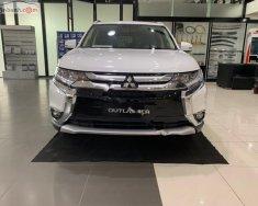 Bán Mitsubishi Outlander 2019, màu trắng, xe lắp ráp 3 cục linh kiện 100% nhập khẩu từ Nhật Bản giá 908 triệu tại Hà Nội