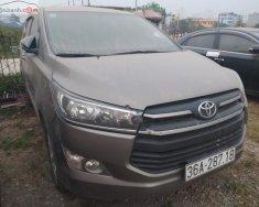 Cần bán xe Toyota Innova sản xuất 2017, màu xám, số sàn giá 625 triệu tại Hà Nội