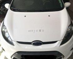 Cần bán Ford Fiesta năm sản xuất 2011, màu trắng, số tự động  giá 330 triệu tại Tp.HCM