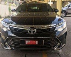 Bán Toyota Camry sản xuất 2016, màu đen, số tự động   giá 960 triệu tại Tp.HCM