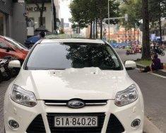 Bán Ford Focus năm 2014, màu trắng, giá cạnh tranh giá 485 triệu tại Tp.HCM