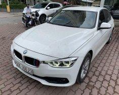 Cần bán xe BMW 320i đời 2016, màu trắng, xe nhập giá 1 tỷ 79 tr tại Hà Nội