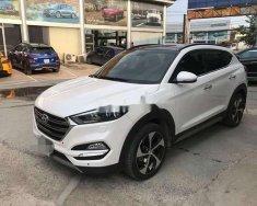 Bán Hyundai Tucson sản xuất năm 2018, màu trắng xe nguyên bản giá 868 triệu tại Tp.HCM
