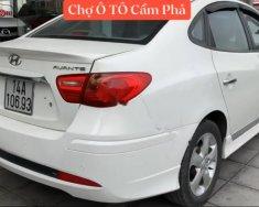 Cần bán gấp Hyundai Avante sản xuất 2013, màu trắng giá 370 triệu tại Quảng Ninh